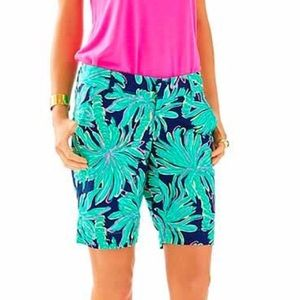 Lilly Pulitzer chipper shorts in tiger palm
